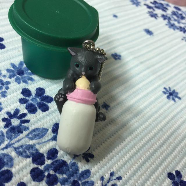 扭蛋~轉蛋 奶瓶貓咪 貓頭鷹 黑熊與寶寶 貓魂 貓咪 為你檔死貓咪