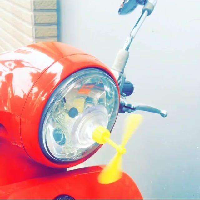 [現貨] 竹蜻蜓 吸盤 雙吸盤 小叮噹 哆啦a夢 機車 安全帽 會轉