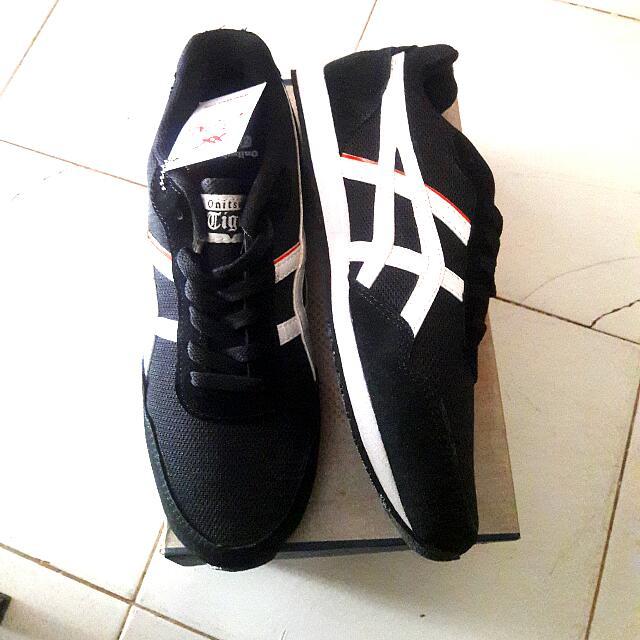 separation shoes b75a6 c05b7 ASICS ONITSUKA TIGER CURRED BLACK SIZE 39-41