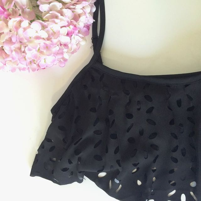 Black Floral crop top
