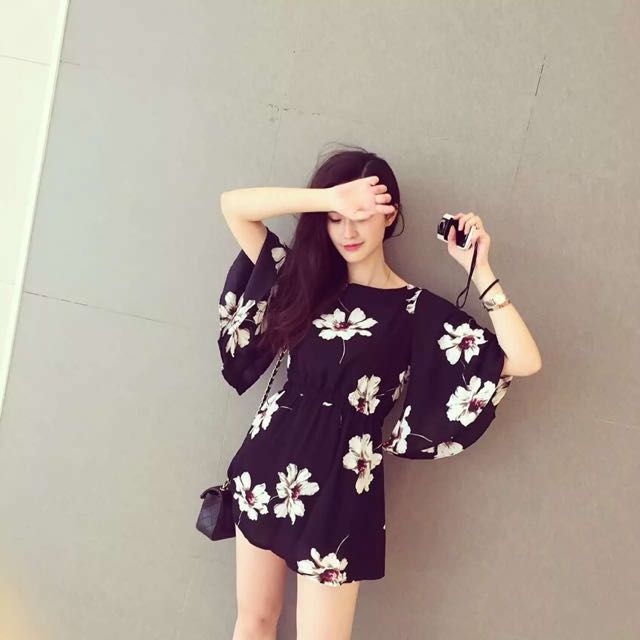 BNWT Floral Bell Sleeve Chiffon Dress