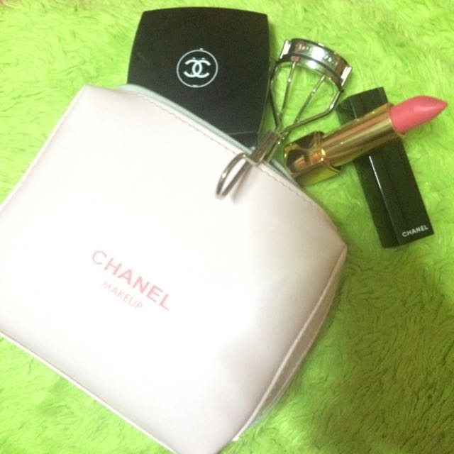 Chanel Pouch Pink
