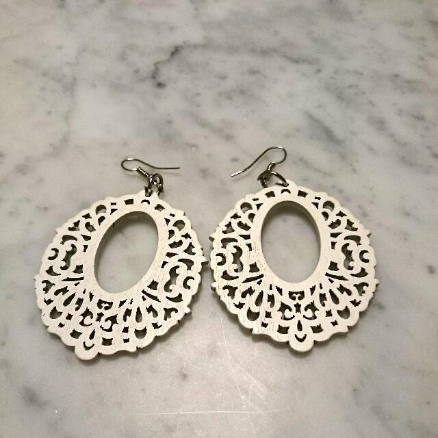 Four Pairs Of Earrings ^_^~~