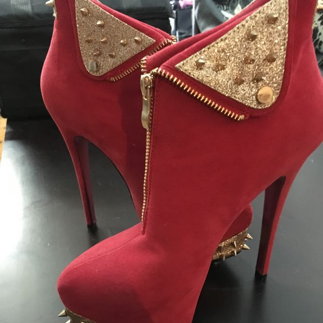 Marco Gianni Red Suede Boots