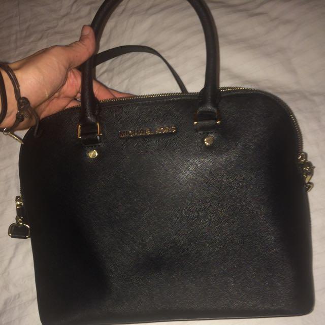 Michael Kors Large Cindy Saffiano Leather Handbag