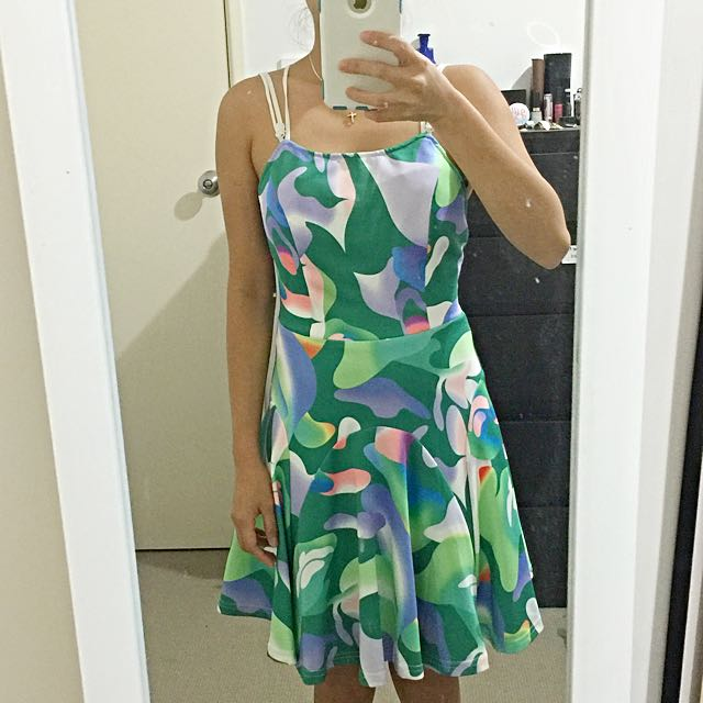 SLIDESHOW Colorful Dress