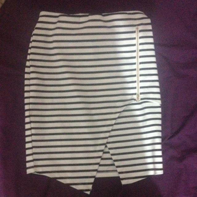 Striped Envelope Pencil Skirt