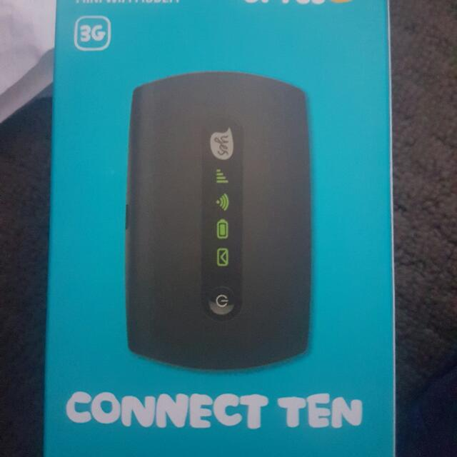 Mini Wifi  Modem Optus With A Recharge Amoubt Of 50$