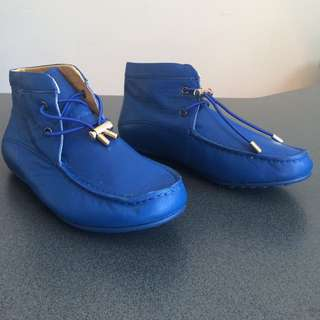Tod's Moccasins In Sky Blue Colour Size 37 Brand New.
