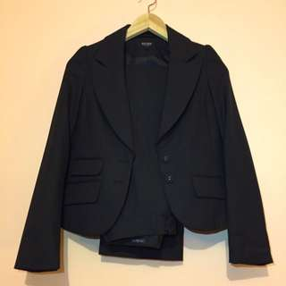 Oxford Women's Suit - Size 6
