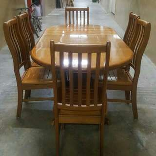 Dinner Table With 6 Chairs