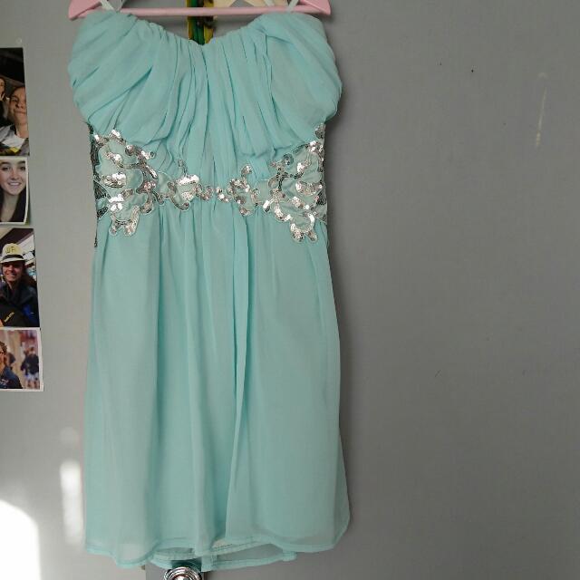 Ally dress size 10