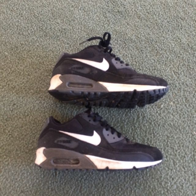 Authentic Nike Air Max