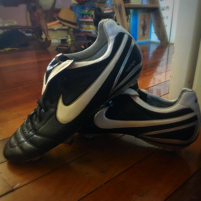 Football Boots Nike Zoom T1empo