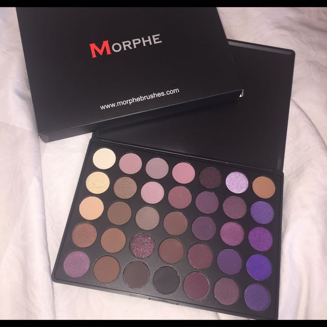 *pending* MORPHE 35P Colour Plum Eyeshadow Palette
