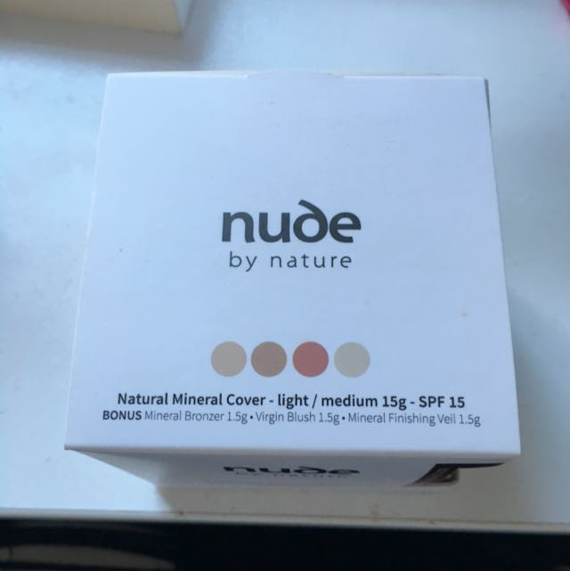 Nude By Nature Mineral Powder With Bonus Complexion Collection
