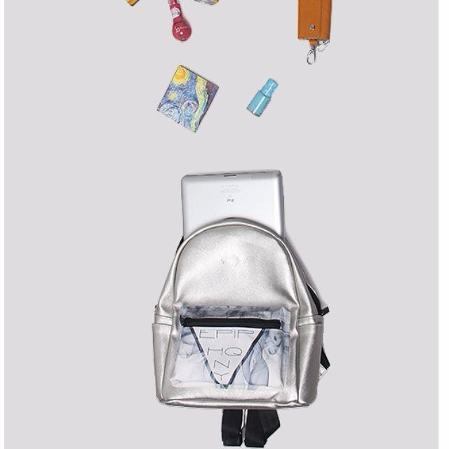 【預購】韓版潮流休閒學生學院迷幻煙霧運動PU防水後背包