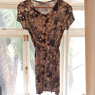 Size 6-8 Urban Outfitters Loose Floral Tee Shirt Dress