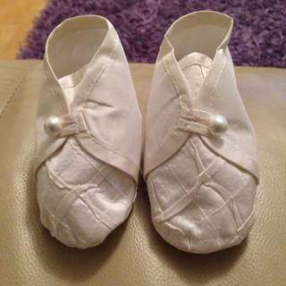 Baby Off White Textured Christening Shoes UNISEX Size 1
