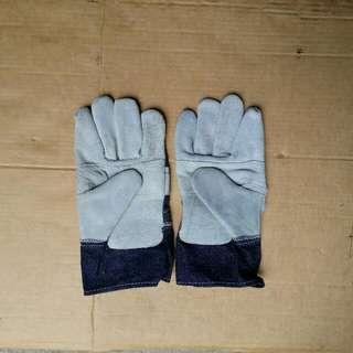 Hand Gloves Industrial