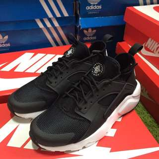 Nike 武士鞋 黑白 Nike air Huarache