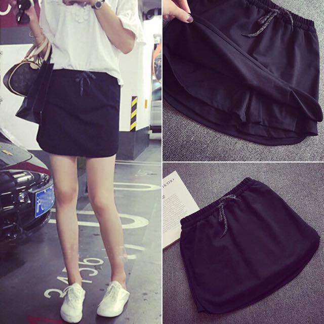 全新現貨1件💕黑色褲裙