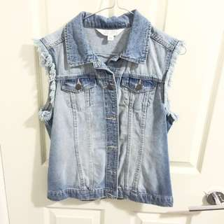 VINTAGE DENIM SLEEVLESS JACKET