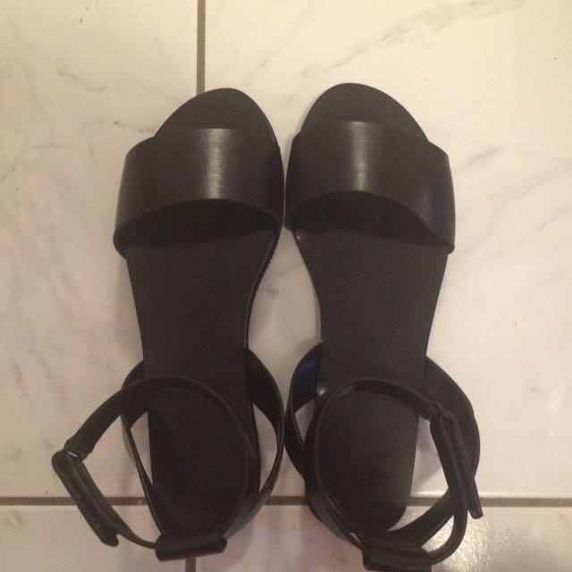 Black Sportsgirl Sandals