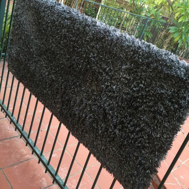 Carpet (furry Grey)