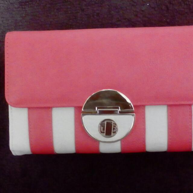 Colette clutch/wallet