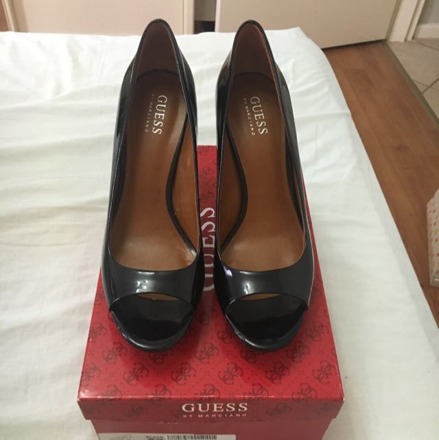 GUESS by Marciano patent shoes