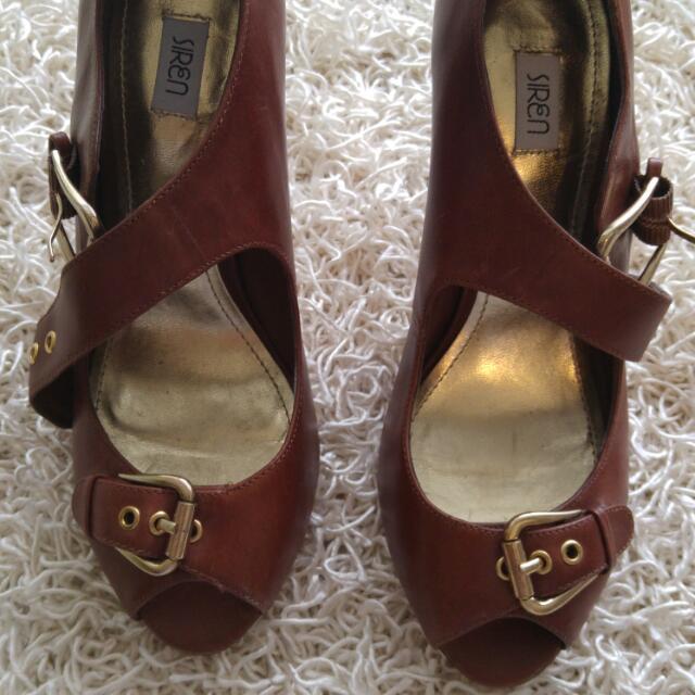 Siren Brown Heels Size 7
