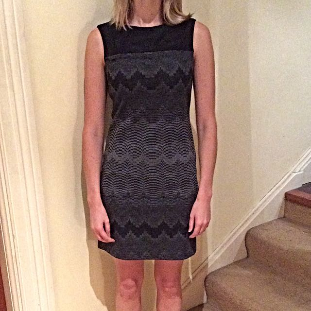 Size S Black Dress With Grayscale Geometric Pattern