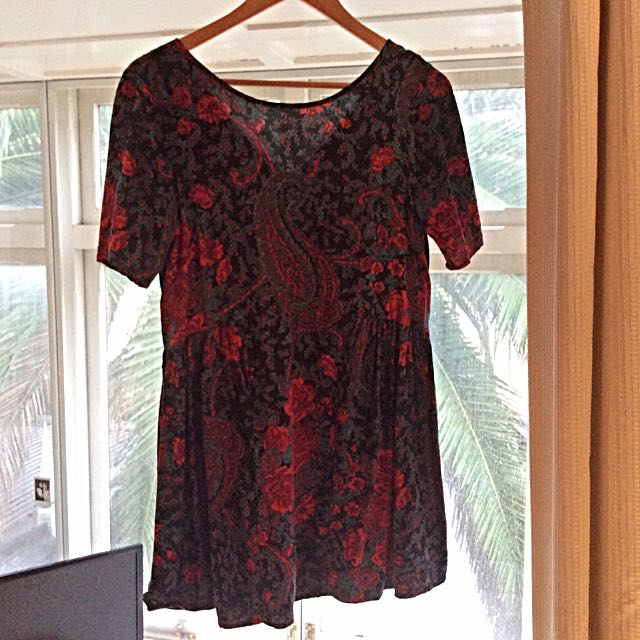 Size 8 Zara Teal - Red Paisley Loose Fit Dress