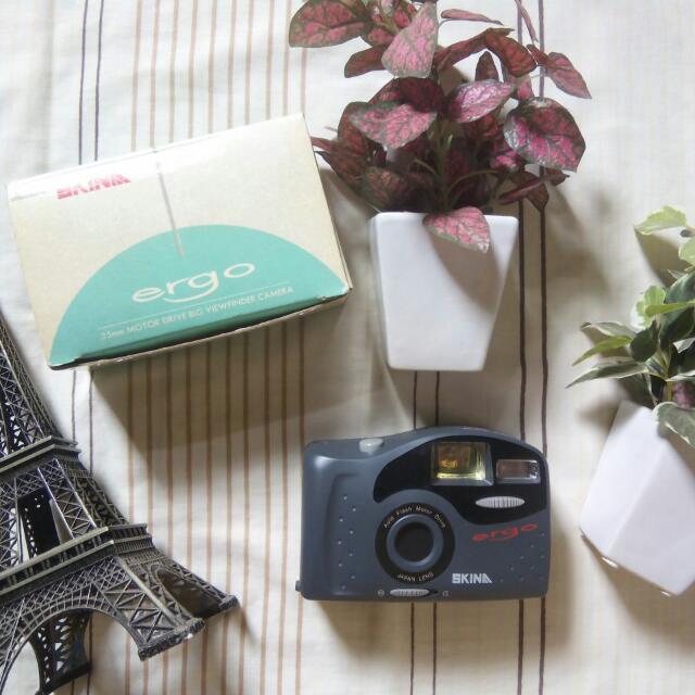Skina Ergo Pocket Camera - New Old Stock
