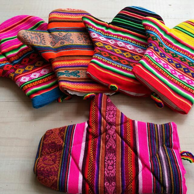 South American Oven Gloves