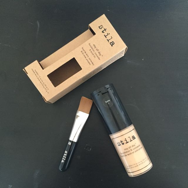 Stila Foundation, Concealer And Brush Kit (STAY AL DAY)