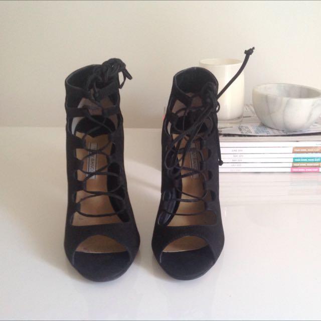 Tony Bianco Leather Shoes Size 7
