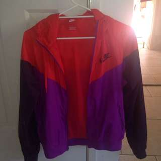 Nike Wind Breaker (large)