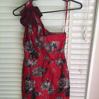 One Shoulder Dress Size US 4