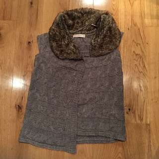 Zara Knitted Vest With Faux Fur (M)