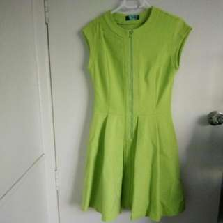 Sz 10 Cue Lime Green Zip Dress sz 10