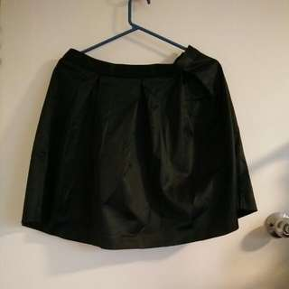 NWT Portmans Black Satin Skirt Sz 10