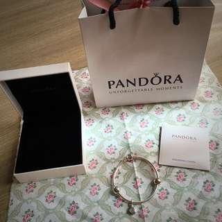 Pandora潘朵拉經典logo字母墜飾 手鍊手環 保證正品