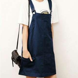 深藍色吊帶裙