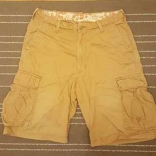 Hollister 真品八成新 卡其色工作口袋短褲 Size 32