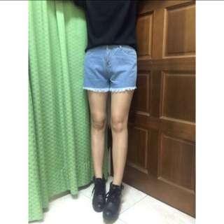 復古抽鬚短褲