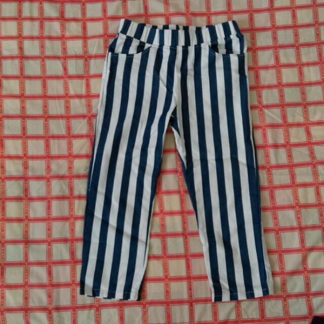 直條紋七分褲