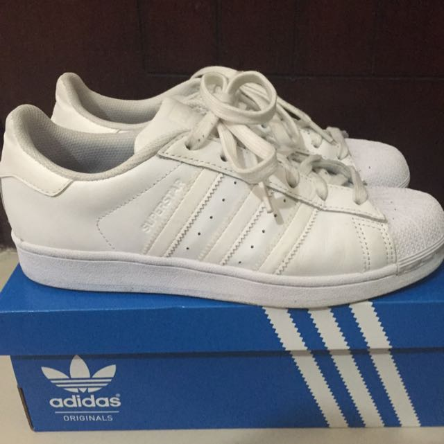 more photos a7419 fb20b Adidas Superstar All White (Size 39 1/3)