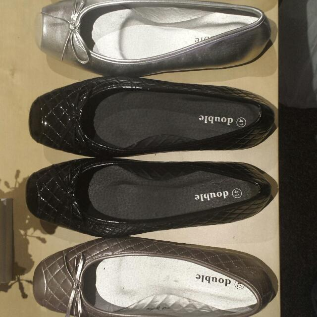Flats Size 9 Or 40 41
